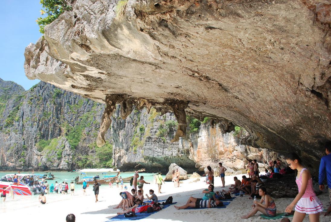 Фото на пляже Маябей на острове ПИ-ПИ-ЛЕЙ. Причудливые виды природы - На Пхукет без путевки отзыв Юрьева Андрея